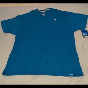 Champion V-Neck shirt size XL
